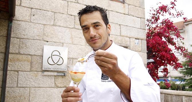 Cambados. El cocinero cambadés, Yayo Daporta, único de O Salnés que ostenta una estrella Michelín, ha sido elegido, junto a más de 30 resturadores españoles, para participar en una de las ferias de alta cocina más importantes de España, la